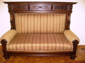 Профессиональные услуги по чистке антикварной мебели